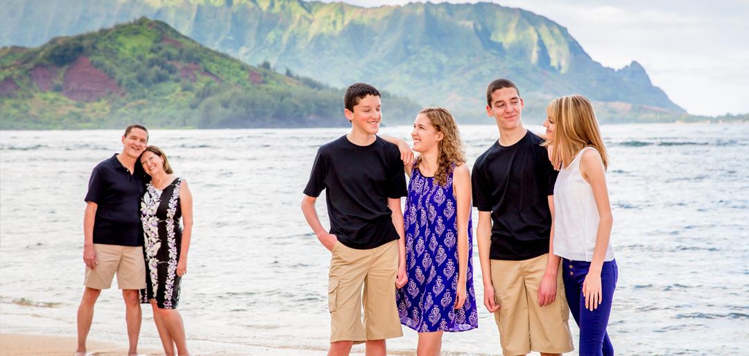 Scenic Family Photos Hawaii