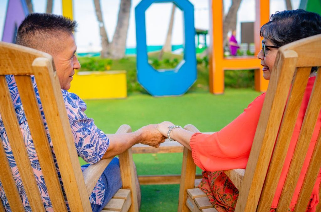 Couple photography: Ageless Love under the Hawaiian Sun