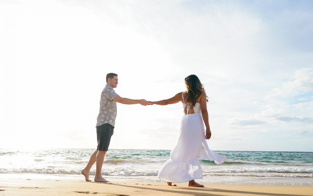 Couple Photography: Celebrate St Valentine's Day on the Beach